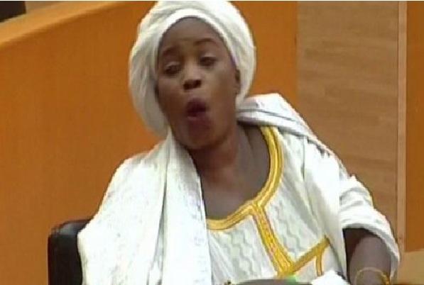Série de bourde à l'Assemblée L'honorable députée Aïssatou Diouf gêne son monde