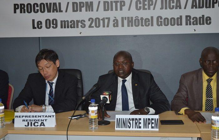 Omar Gueye,  Ministre de la pêche et de l'économie maritime : « La valeur commerciale du poulpe sénégalais sur les marchés européen et japonais est faible à  cause de sa qualité peu appréciée »