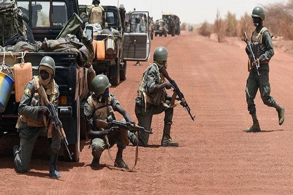 Mali : un soldat mis aux arrêts pour un «non-respect du devoir de réserve»
