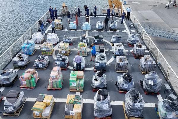 Importante saisie en Floride : les garde-côtes déchargent près de 18,5 tonnes de cocaïne