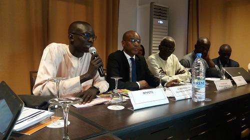 Mountaga Sy, Directeur général de l'APIX : « Le défi de  drainer plus d'investissements privés….. »