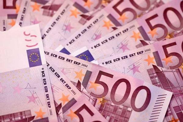 Mystère autour d'une découverte à Genève : des toilettes bouchées par des billets de 500 euros