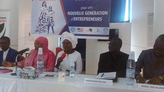 Pour une nouvelle génération d'entrepreneurs : 40 jeunes filles, bénéficiaires du camp d'excellence de 10 jours organisé par  l'Association JEADER
