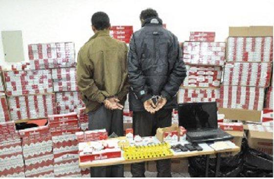 Cigarettes Frauduleuses :  Saisie de 83 cartons et des cartouches  par la douane