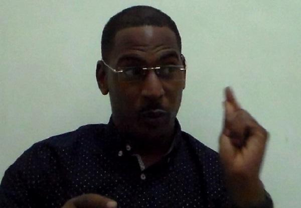 Mairie de Louga : le fils de Cheikh Kanté affiche ses ambitions et vise le fauteuil de Moustapha Diop jugé « absentéiste »