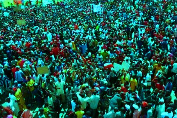 Rapport de la Fondation Mo Ibrahim : la démographie de l'Afrique constitue un avantage comparatif dans la lutte contre le covid-19