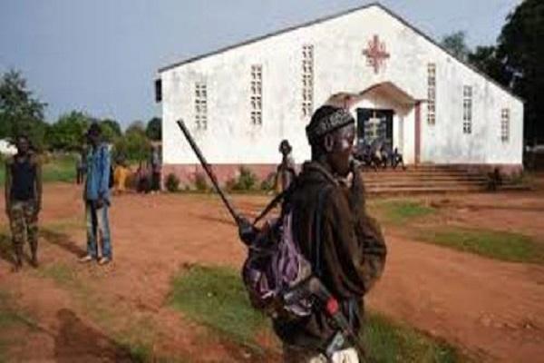 Bangui : 16 morts et près d'une centaine de blessés dans l'attaque de l'église Notre Dame de Fatima