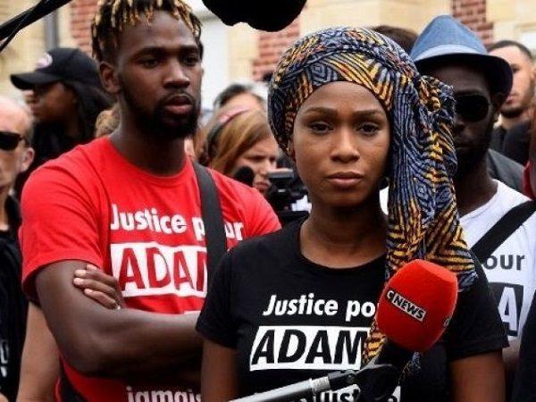 Deux ans après avoir été tué : sa sœur Assa Traoré écrit à Emmanuel Macron : «La mort de mon frère mérite des réponses»