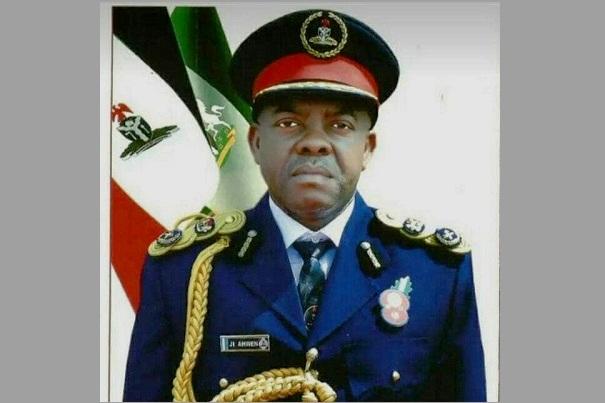 Nigéria : décès de John Ahwen, commandant du Corps de sécurité et de défense civile