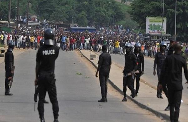 Burkina : l'opposition manifeste pour exige une réponse aux attaques djihadistes dans le pays