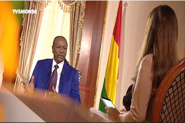 Macron, hôtellerie, inflation : Africa Check démonte les exagérations du président guinéen Alpha Condé