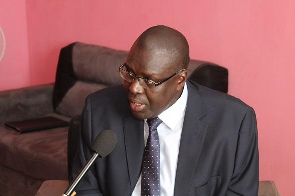 Urgent : Boubacar Sèye, le président de HSF arrêté à Dakar par la police à sa descente d'avion