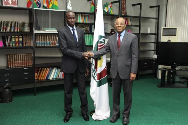 CEDEAO : le Président de la Commission, Jean-Claude Kassi Brou, accrédite Babacar Matar Ndiaye, ainsi que  deux autres ambassadeurs