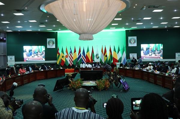 CEDEAO : réunis au Burkina Faso, les dirigeants déterminés à éliminer le terrorisme dans la région