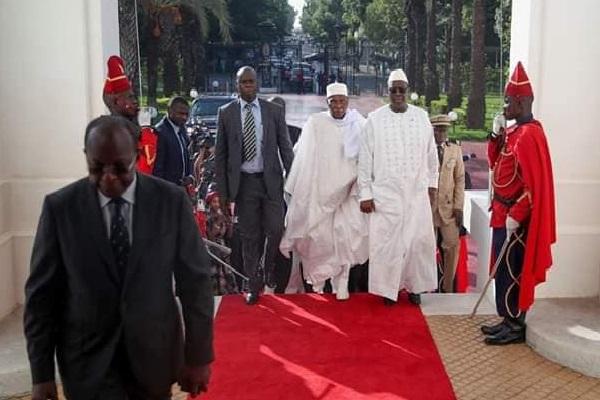 Palais présidentiel sénégalais : la Déclaration issue de la Rencontre entre les Présidents Macky Sall et Abdoulaye Wade