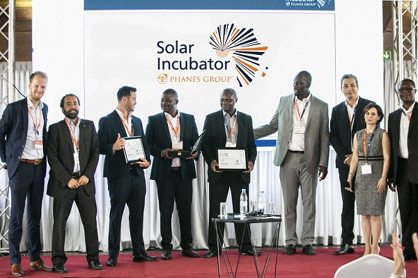 Salon Incubateur Solaire de Phanes Group tenu à Dakar :  un projet d'énergie solaire de la RDC remporte la troisième édition