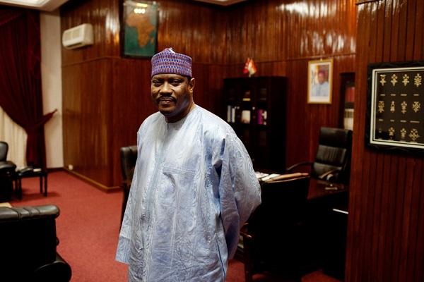 Niger : l'opposant nigérien Hama Amadou parmi 1540 prisonniers libérés pour désengorger les maisons d'arrêt face au COVID-19