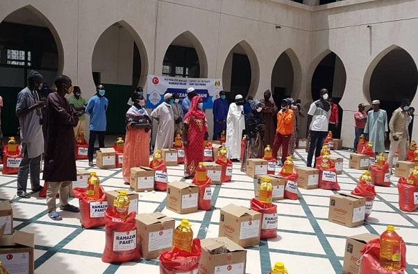 Ramadan 2020:  des familles démunies sénégalaises bénéficient d'aide alimentaire de Dyanet Vakfi estimée à 35 millions cfa.