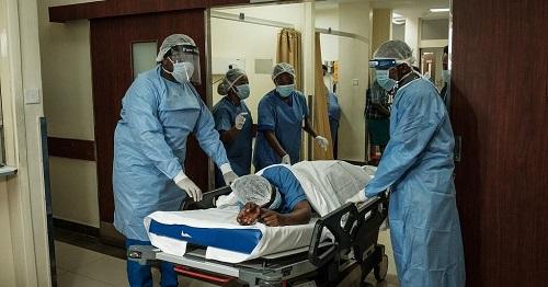 COVID-19 : Plus de 10 000 travailleurs de la santé en Afrique infectés