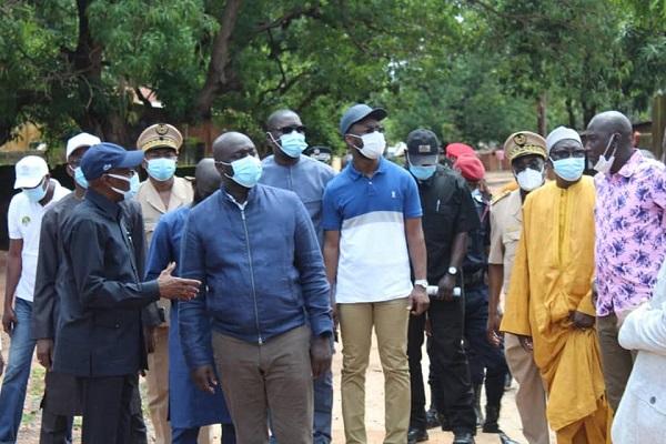 Lutte contre les inondations : le Ministre Abdou Karim Fofana en visite à Sédhiou