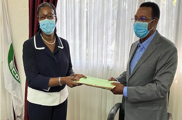 Passation de service à la Représentation Permanente de la CEDEAO en Guinée : l'Ambassadeur Mario Gomes Fernandes a officiellement pris fonction