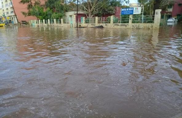Victime des inondations  à Grand-Yoff : les condoléances du Ministre Serigne Mbaye Thiam, au nom de l'Etat,  à la famille du défunt
