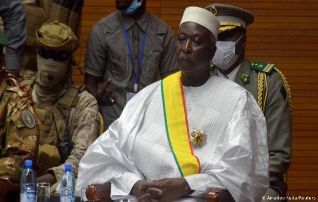 Décision prise suite à l'annonce des 25 membres du gouvernement de transition :  la CEDEAO lève les sanctions contre le  Mali