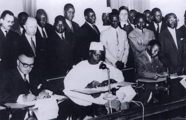 Lundi 25 janvier 2021: XIIème Anniversaire du rappel à Dieu du Président Mamadou DIA (18 juillet 1910-25 janvier 2009)