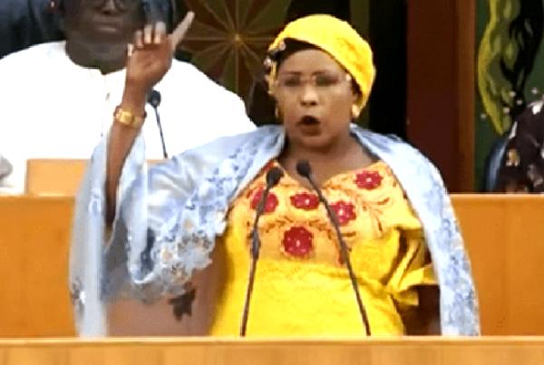 Loi relative à l'état d'urgence modifiée : La députée Mame Diarra Fam soupçonne «des non-dits»