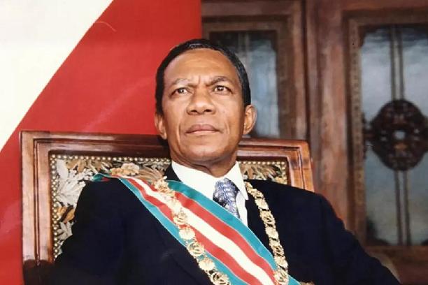 Madagascar : l'ancien président Didier Ratsiraka est mort à 84 ans