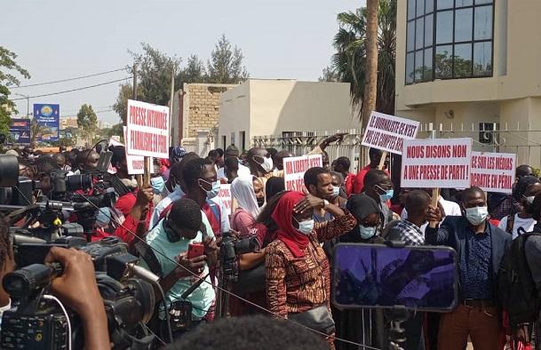 Journée mondiale de la liberté de la presse : mobilisation réussie,  le SYNPICS insiste sur les ''réformes indispensables'' aux médias